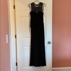 Vera Wang Size 8 Formal Black Dress